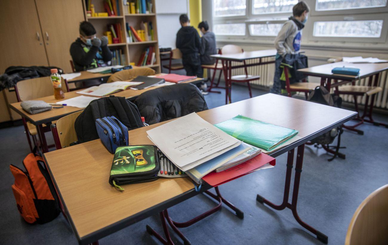 Возвращение в школу: традиционную форму обучения выбирают две трети учеников в Украине