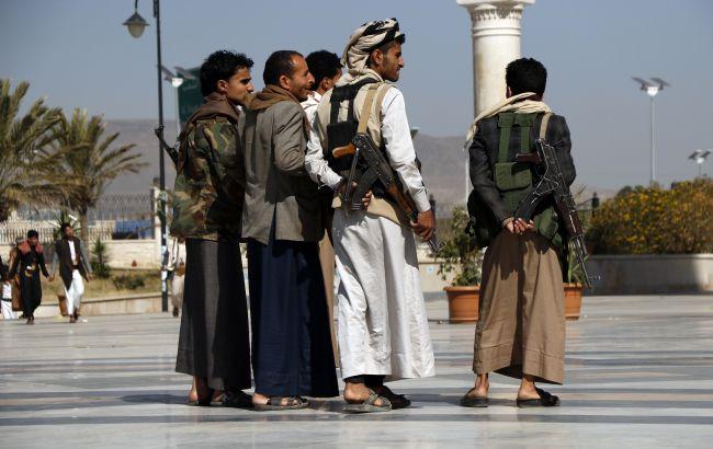 У Кабулі вперше за десять днів відкрилися банки