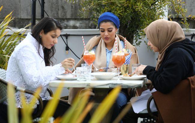 Клімат, шопінг і лоукости: що допомогло залучити рекордну кількість арабських туристів в Україну