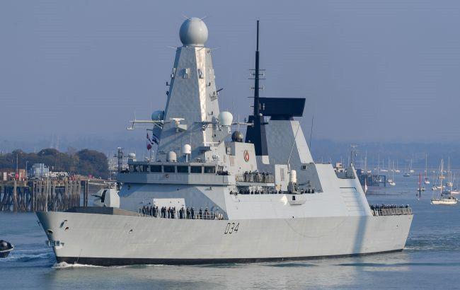 Минобороны РФ показало видео с места инцидента с кораблем Великобритании