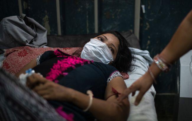 """""""Черная плесень"""" из Индии: эксперт рассказала, кто в зоне риска"""