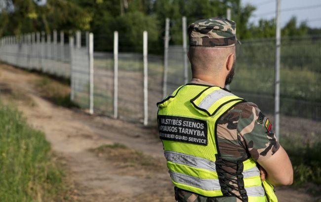 У Литві призупинили будівництво стіни на кордоні з Білоруссю: названа причина