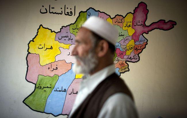 """Впервые после захвата власти """"Талибаном"""": ВОЗ доставила партию медикаментов в Афганистан"""