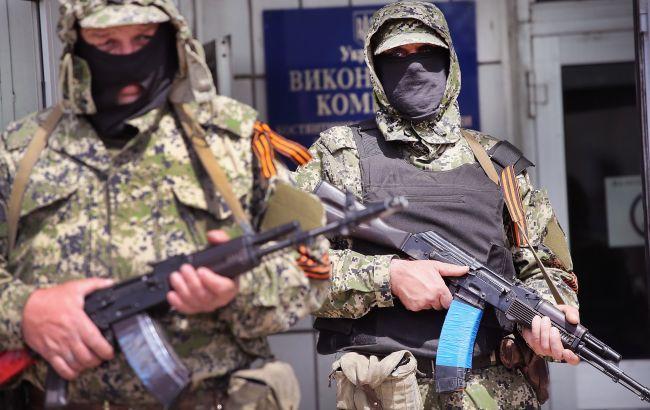 На Донбассе боевики усиливают вербовку местного населения на военную службу