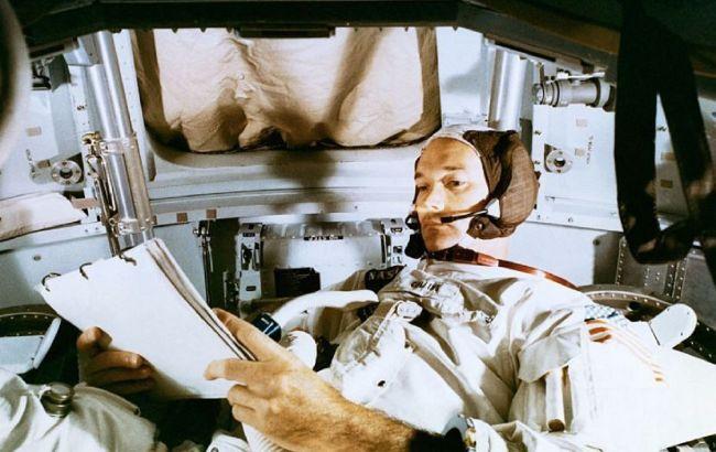 """Помер учасник першої місії на Місяць Майкл Коллінз: легендарний """"забутий астронавт"""""""