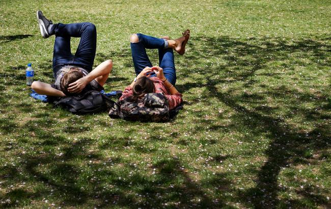 Грози і спека до +36 градусів: синоптики повідомили погоду на вихідні