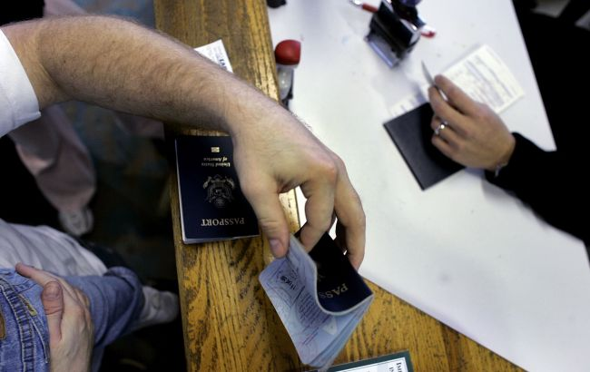 США ужесточили правила въезда иностранцам, в том числе и украинцам