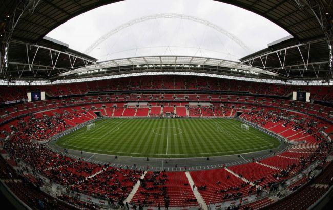 """Решающие матчи Евро-2020 могут пройти с 50% заполняемостью стадиона """"Уэмбли"""". Это 45 тысяч человек"""