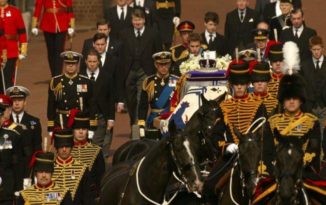 Британия попрощается с принцем Филиппом в субботу. Что нужно знать о церемонии