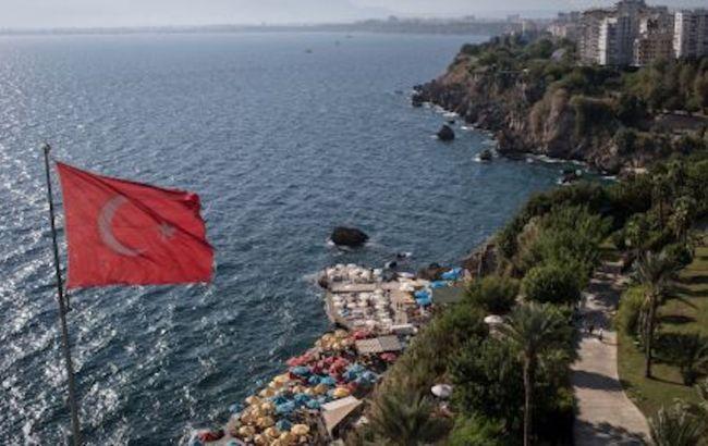 Турция смягчит визовые требования для части туристов: что изменится