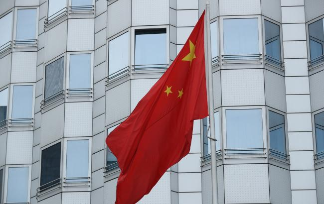 Китай закликає США поважати його право торгувати з Іраном