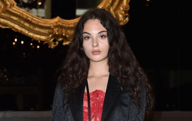 Взрывная красота: 16-летняя дочь Моники Беллуччи и Венсана Касселя снялась для глянца в откровенном наряде