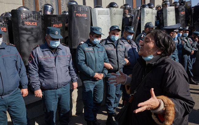 У Вірменії протести проти Пашиняна. Опозиція радить готуватися до захоплення влади