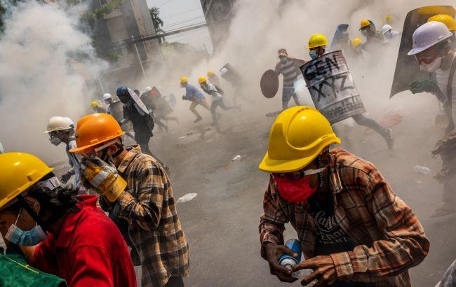 В Мьянме усилились протесты: погибло еще 8 протестующих