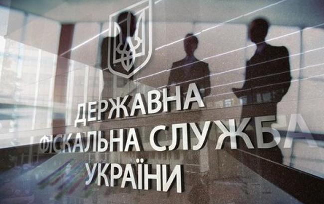"""Від реалізації """"митного конфіскату"""" до бюджету надійшло понад 105 млн гривень за 11 місяців"""