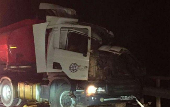 У Кенії пасажирський автобус зіткнувся з вантажівкою, десятки загиблих