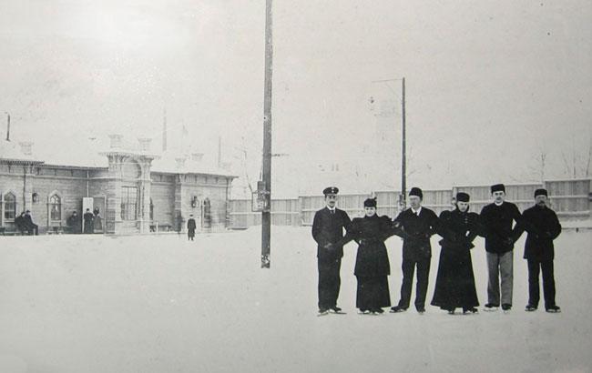Як у Києві відзначали зимові свята 100 років тому