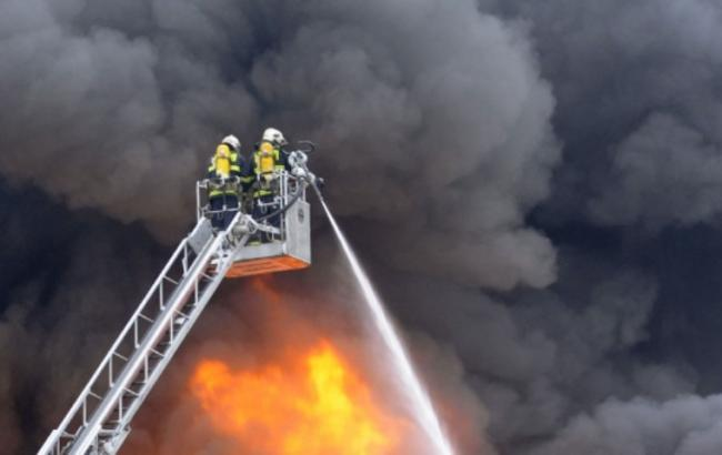Фото: На заводе в Чехии взорвалось 500 т пороха,