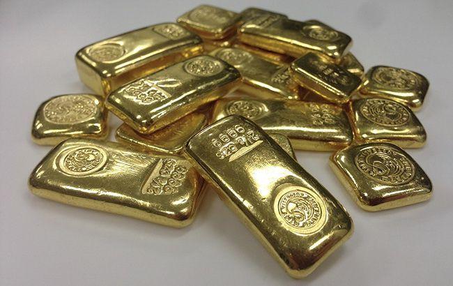 Нацбанк повысил курс золота