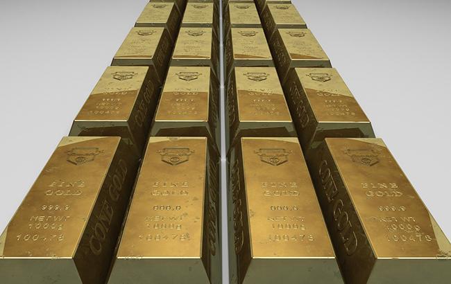 НБУ повысил курс золота до 333,16 тыс. гривен за 10 унций