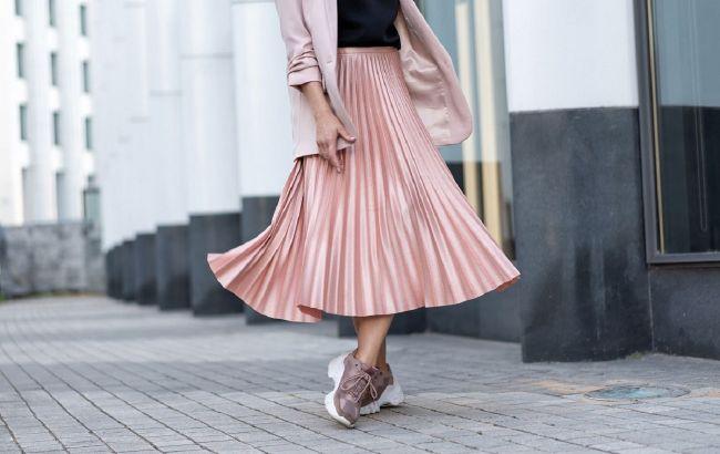 Снова в моде: как выбрать и с чем носить юбку плиссе