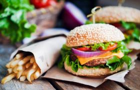 Фото: Картопля-фрі бургер (uni-kebab.co.uk)