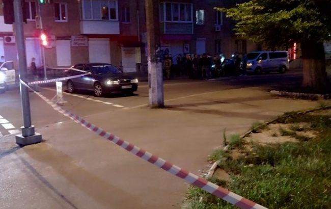 В Чернигове возле пешеходного моста расстреляли двух человек
