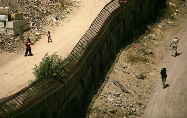 Три раза депортированный мексиканец покончил ссобой награнице сСША