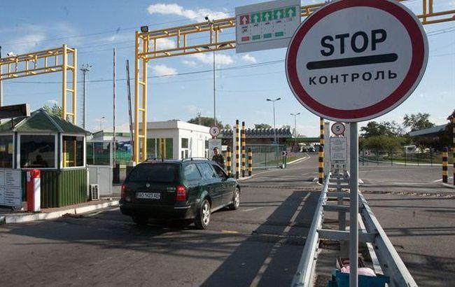 На украинско-польской границе образовались очереди из автомобилей