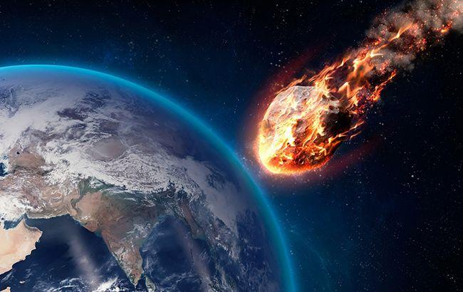 Астероид стремительно летит в Земле: названа дата приближения
