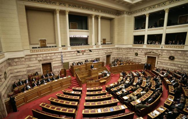 Фото: Греція затвердила пакет заходів для економіки