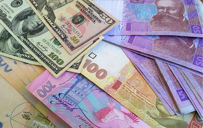 Українська валюта знову девальвує восени (фото РБК-Україна)