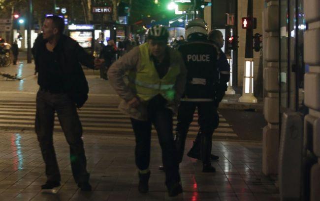 Паніку в центрі Парижа спровокував вибух петарди