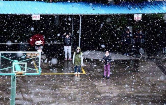 Фото: на Тайване из-за холодов погибли 50 человек