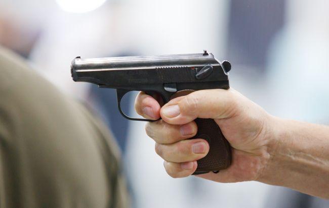 В Чехии вводят в конституцию право граждан на защиту с оружием