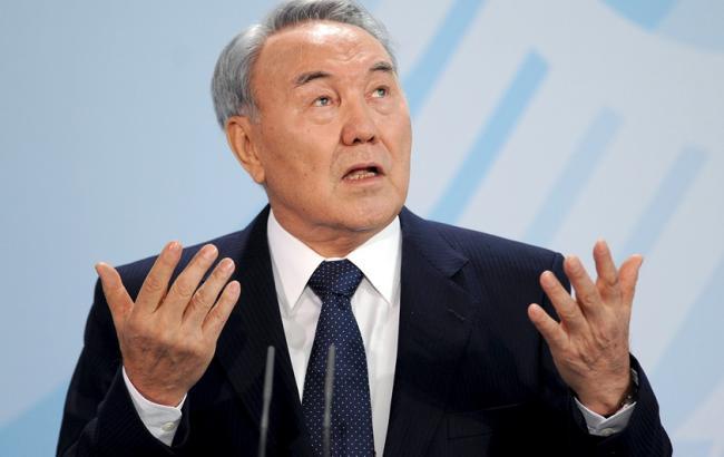 В Казахстане появились признаки цветных революций, - Назарбаев