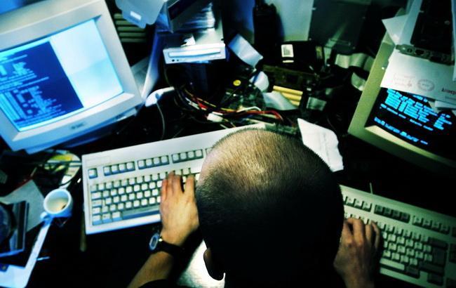 Visa і MasterCard уникли збитків від кібератак хакерів у РФ