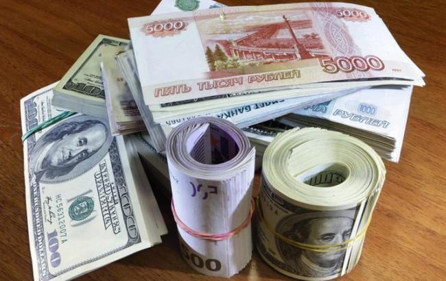 Фото: Barclays прогнозирует РФ доллар по 73 руб. к концу года