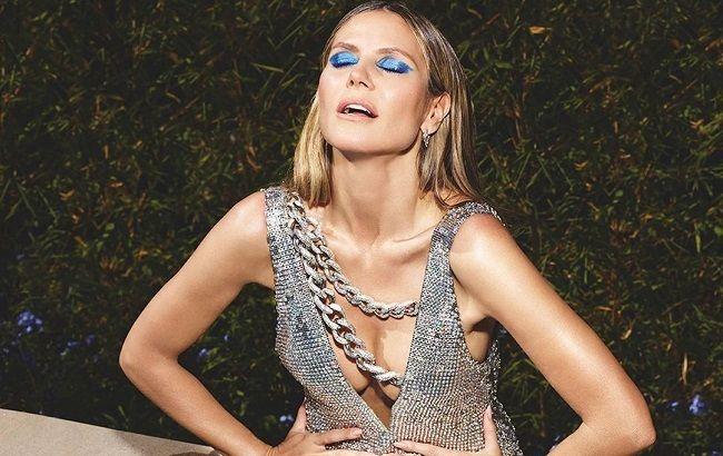 Оце так декольте! 46-річна Хайді Клум захопила спокусливими формами в пікантному образі