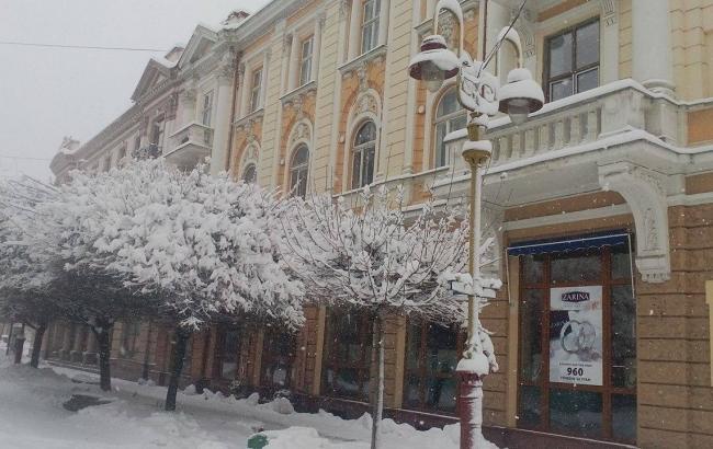 Фото: Сніг в Івано-Франківську (firtka.if.ua)