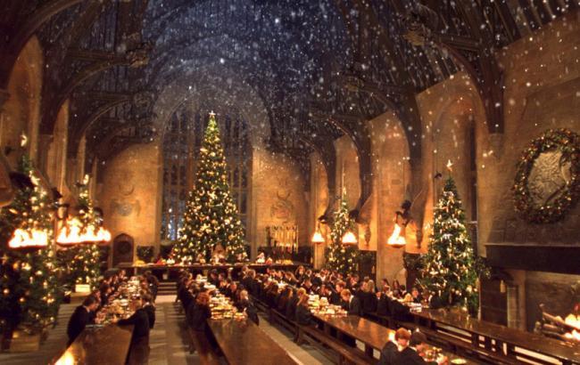 """Для фанатів """"Гаррі Поттера"""" влаштують різдвяну трапезу в Хогвартсі"""