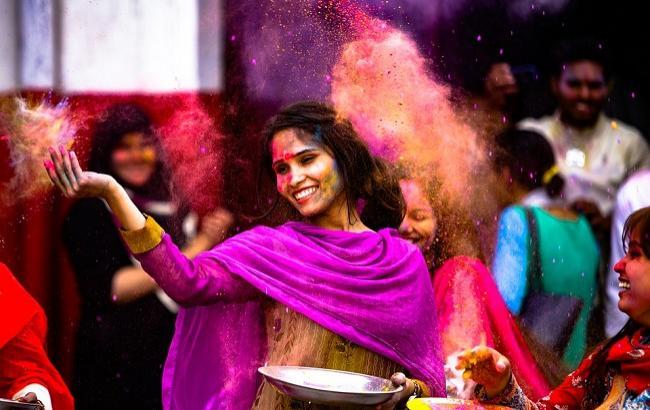 Фото: Фестиваль Холи в Индии (pixabay.com/murtaza_ali)