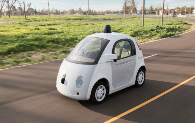 Фото: Google запатентував систему розпізнавання поліцейських машин на дорозі (google.com)