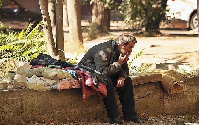 30 лет на улице: На Прикарпатье неравнодушные нашли бездомному жилье через соцсети