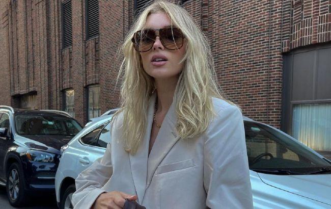 Легінси і ультрамодний піджак: Ельза Хоск демонструє трендовий лук на вихід
