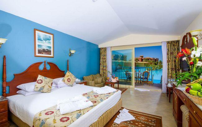 """""""Коллекции халатов и подушки"""". Туристам назвали вещи, которые разрешено забирать из отельных номеров"""