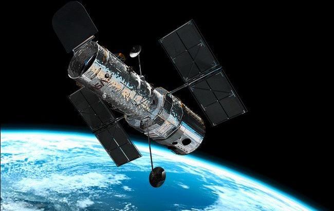 """Телескоп """"Хаббл"""" зняв найкрасивішу туманність Чумацького шляху"""
