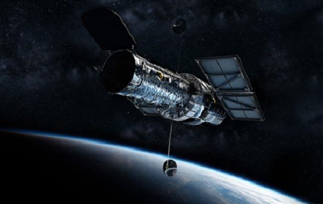 """""""Рождественский венок"""": телескоп """"Хаббл"""" сделал фантастический снимок звезды"""