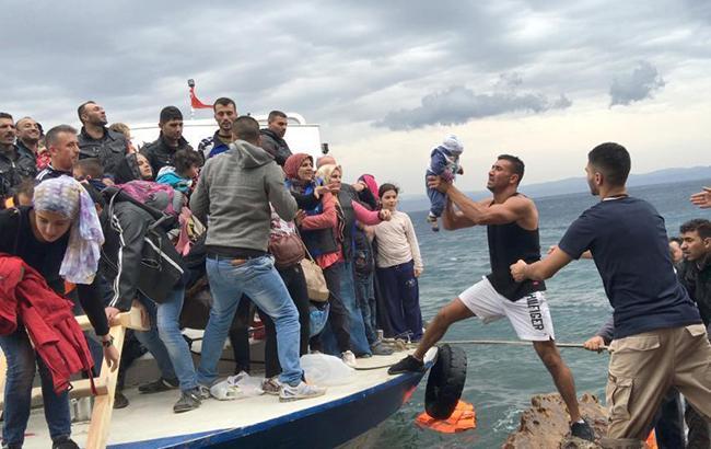 Фото: беженцы (twitter.com/HRW)