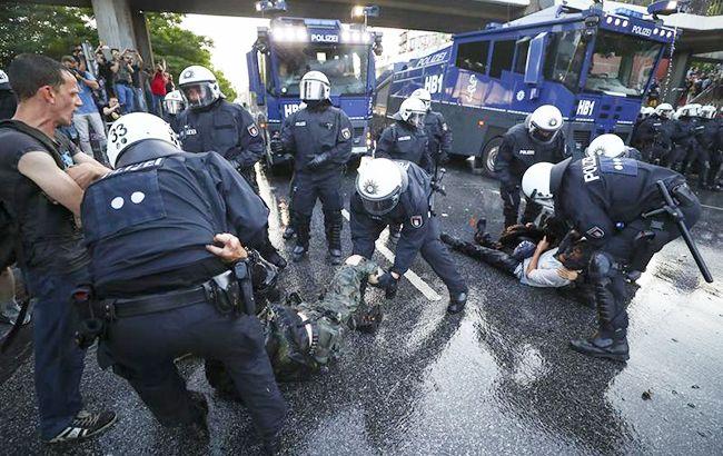Фото: беспорядки в Гамбурге (twitter: Human Rights Watch)